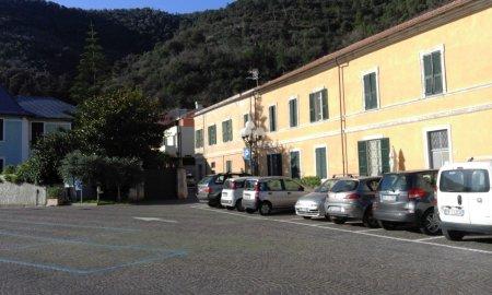 Parcheggio  e partenza in piazza Vivaldo
